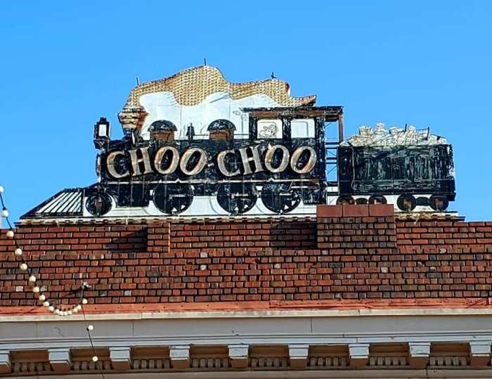 Choo16